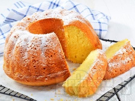 Лесен домашен лимонов кекс с кисело мляко - снимка на рецептата